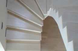 Masivno stopnišče - beljeni hrast