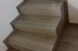 Mini stopnišče - izhod na balkon - vinil