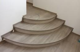 Mini stopnišče - vhod v sobo - vinil