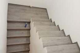 Sivi hrast - vinilno stopnišče 2