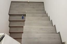 Sivi hrast - vinilno stopnišče