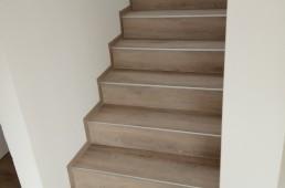 Stopnišče iz vinila - sivi hrast